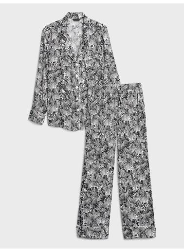 Banana Republic Saten Desenli Pijama Takımı Ten